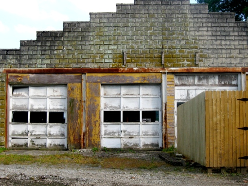 Beautiful old garage